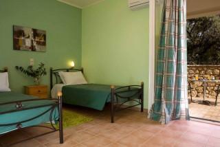 maistros-lefkada-apartments03-0103